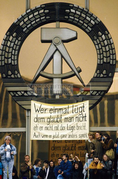 04. 11. 1989 | Bundesstiftung zur Aufarbeitung der SED-Diktatur | Archiv / Bibliothek | Archiv | Fotobestände | Bestand Klaus Mehner