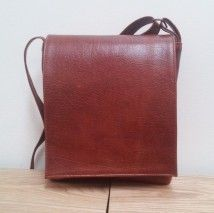 Small Viv Leather Messenger Bag