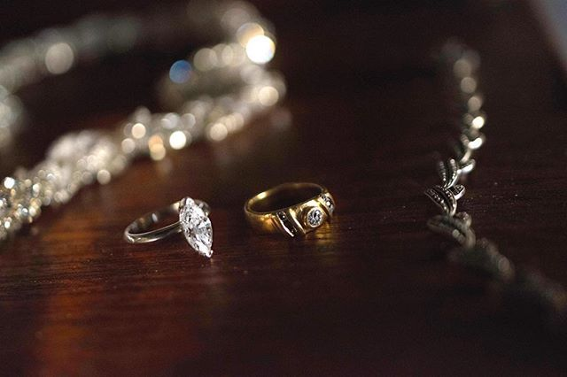 Creating Family Heirlooms.  Handcrafted and custom made engagement and wedding rings. . . . 📷 @shaunguestshoots