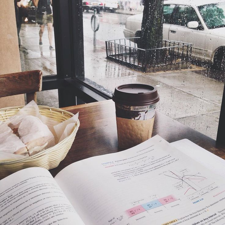 notyouraveragemedgirl:  After being fully drenched in the rain while on the way here, this white mocha tastes heavenly. - time to meet the tutor and see where this heads off. 1st time for everything ✨