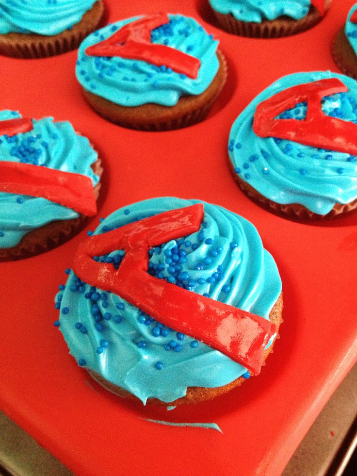 avengers cupcakes @parties by Naomi