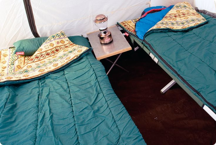 How to sleep warmly in a snow camp? How to make a bedroom, cold protection when sleeping-Tips for enjoying camping