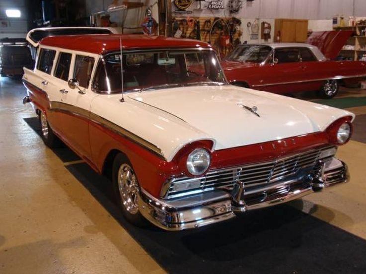 CanadianAutoNetwork.com - 1957 Ford Country Sedan Wagon