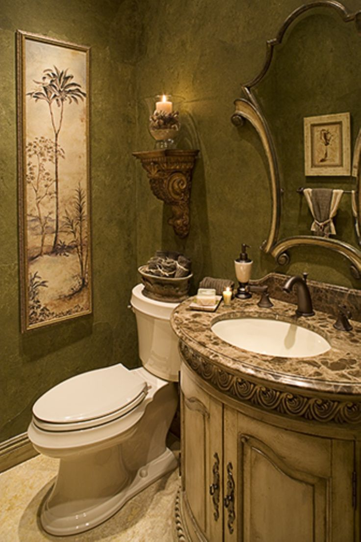 Tuscan decor bathroom -