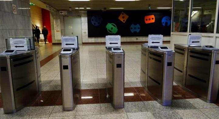 Εκδίδονται οι πρώτες ηλεκτρονικές κάρτες του ΟΑΣΑ