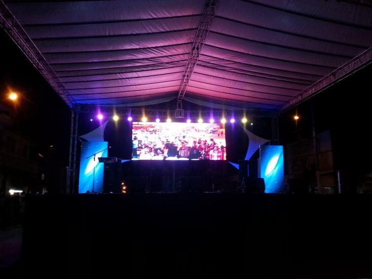 Decoracion Cumple Karaoke ~ leds, pantallas de retro, pantallas fontales,amplificacion, karaoke
