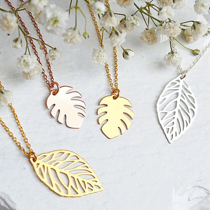 Złoty naszyjnik z liściem. Zobacz na: https://laoni.pl/zloty-naszyjnik-z-lisciem #listek #złoty #naszyjnik #celebrytka #biżuteria