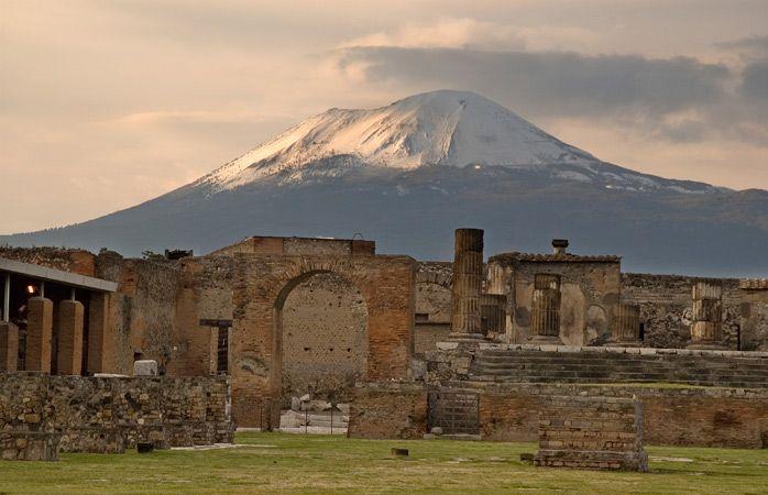 Le Vésuve veille toujours sur Pompéi #momondo