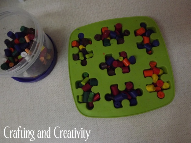 Found this Ikea ice tray today at Goodwill.. ready to make these cute Autism Awareness crayons!!!!
