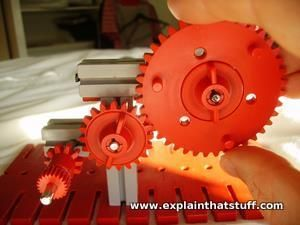Simple gearbox made from construction set gears designed to increase speed