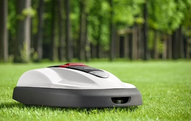 Honda Miimo - a Roomba-like self-driving lawn mower [ HGNJShoppingMall.com ] #technology #shop #deals