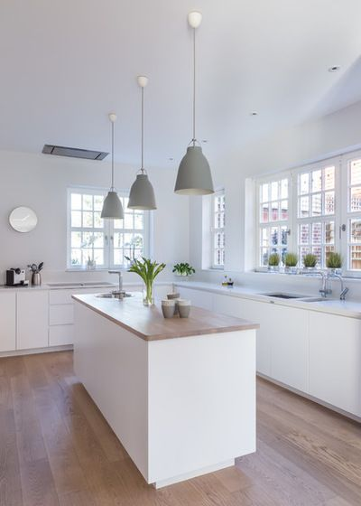 Scandinavian Kitchen by Sola Kitchens