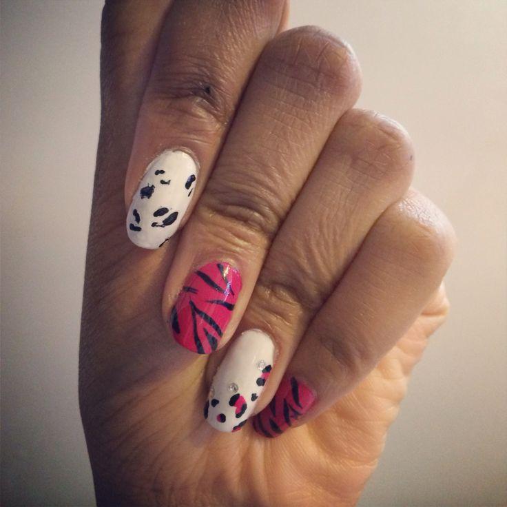 Pink and white nails leopard & zebra print