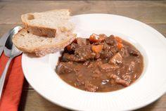 Stoofpotje rundvlees met rode wijn en kruidkoek #recept #stoofpotje #stoofschotel #rundvlees