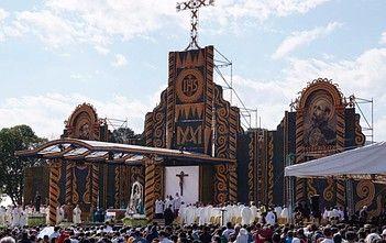 Franciszek w Paragwaju: nie nawraca się za pomocą argumentów, ale ucząc goszczenia