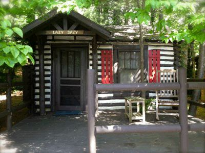 Best 25 north carolina cabin rentals ideas on pinterest for Places to stay in asheville nc cabins