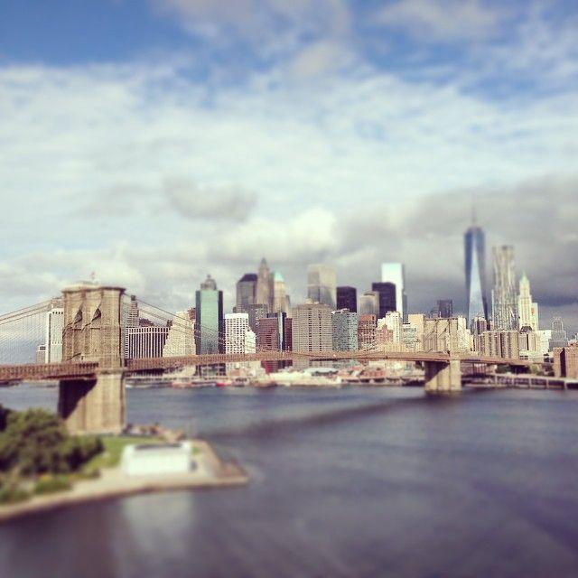 Manhattan Bridge in New York, NY