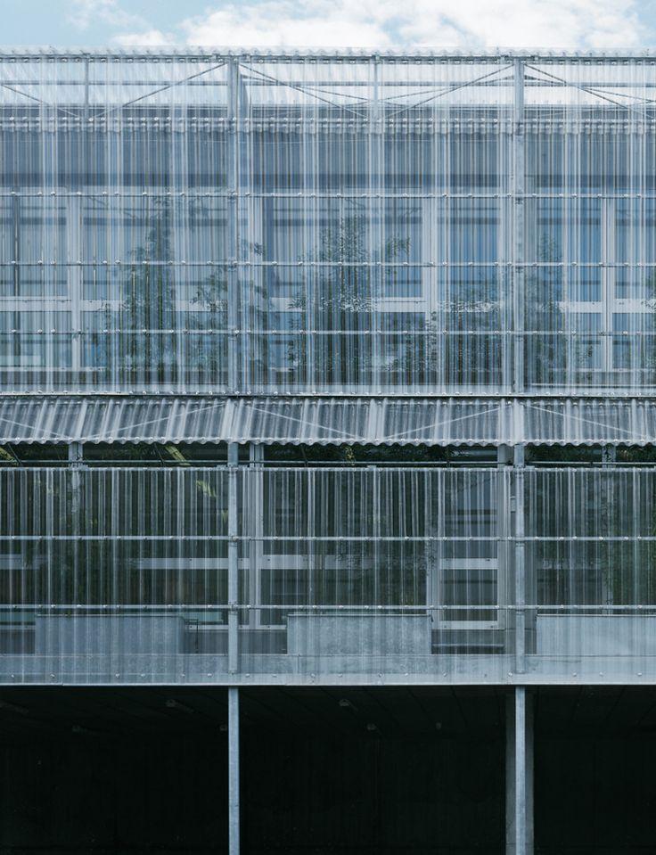 University Institute en Grenoble, Lacaton & Vassal