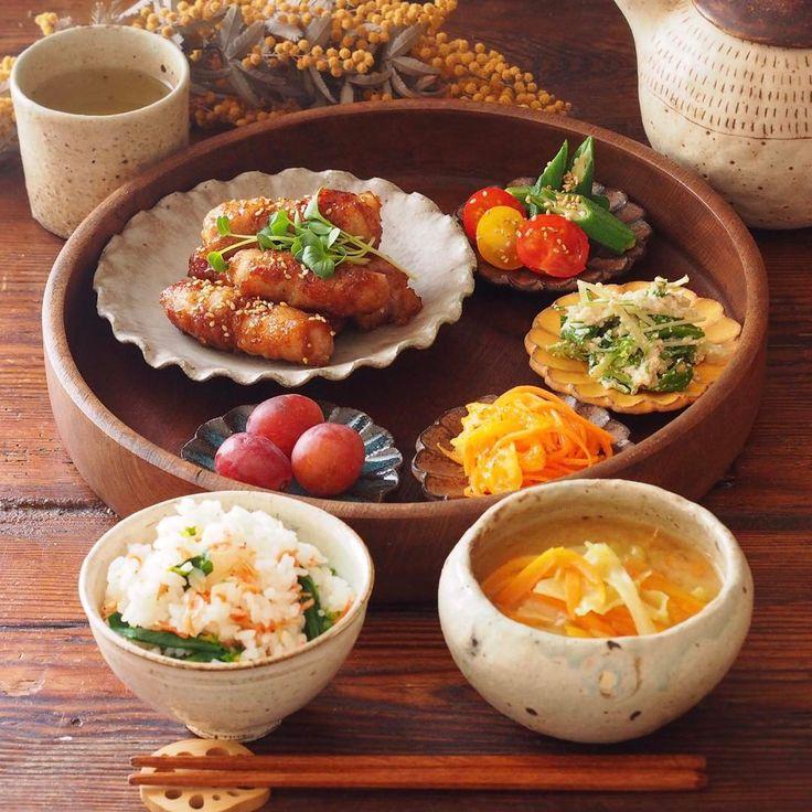 いいね!3,376件、コメント67件 ― Standard Poodle あずきとおもちさん(@azuki_omochi)のInstagramアカウント: 「2017.3.9 今日の晩ごはんは . ◌  節約レシピ!肉巻き大根 ( cookpad 1062935 ) ◌  トマトとオクラのポン酢ごま和え ( 3361123 ) ◌…」
