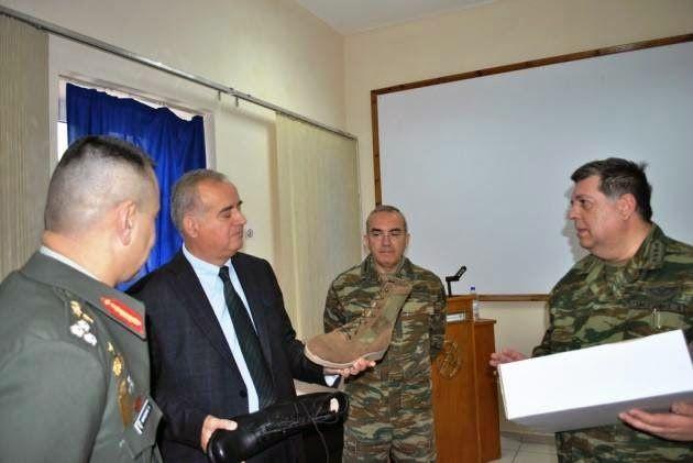 EPIRUS TV NEWS: Πατάνε πόδι… στο στρατό: Σε κυκλοφορία οι αρβύλες ...