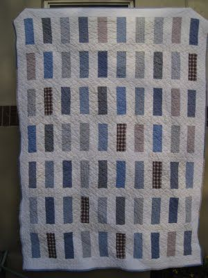 leedle deedle quilts: man quilt tutorial made using fabric from men's shirts or 10 fat quarters and background fabric
