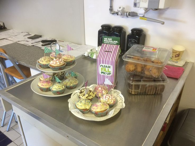 If you're near Oakwell Garages on Hastings Road Leyland today why not pop in for cake and maybe give a little to MacMillan Cancer Support.