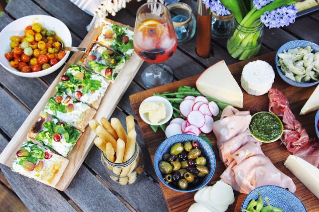 Spray Paint & Mascara : Outdoor Entertaining Ideas: Antipasto Platter