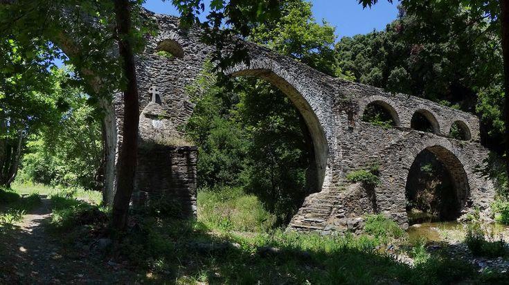 Aqueduct, again - Iviron, Agion Oros