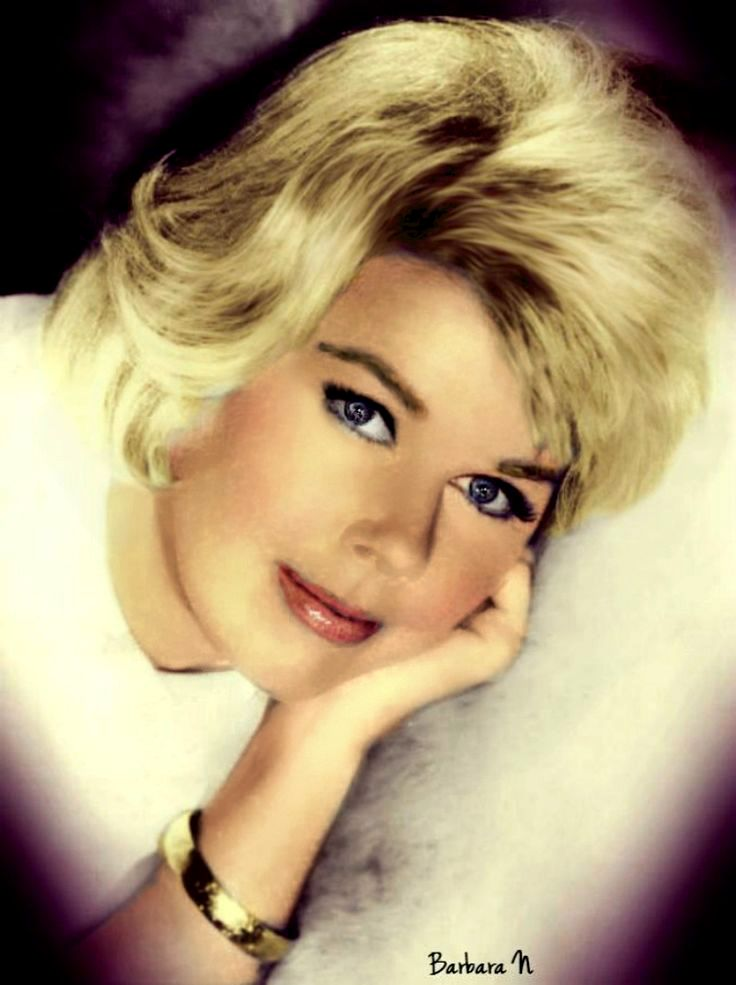 Doris Day Walking Dog Pictures: 1000+ Ideas About Blonde Actresses On Pinterest