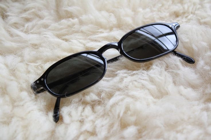 Lunor Sunglasses - Retro Frame Style - Mod 250 Col 1 - Made in Germany