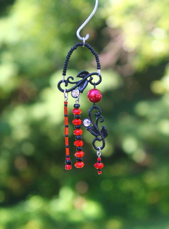 Miniature Fairy Garden Wind Chime, Dollhouse Windchime, Mini Garden Accessory, Black and Red 005