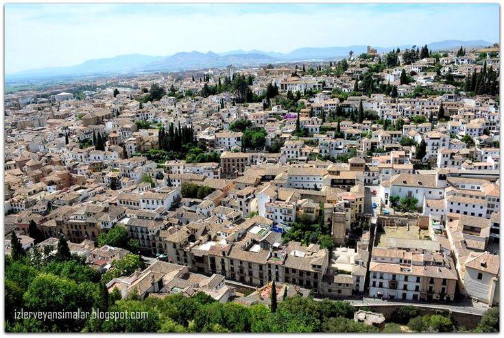 izler ve yansımalar: Tarihin, Doğanın ve Müziğin Görkemli Şehri Granada...