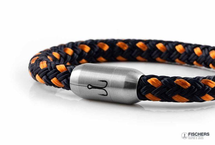 https://fischers-fritze.com/wp-content/uploads/2015/11/tampen-segel-armband-orange-marineblau-gemustert-fischers-fritze.jpg
