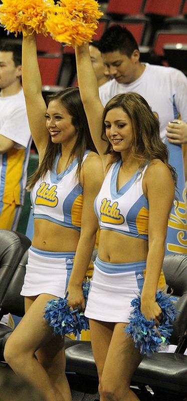 ucla cheerleaders 2013 stunts