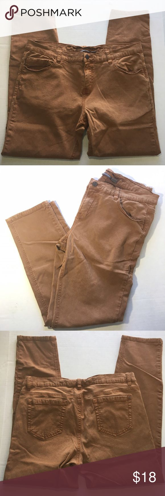 """Buffalo Ankle Grazer Skinny Brown Tan Denim Jeans Excellent used condition, like New. Brown rust color. Stop at the Ankle, skinny style. Women's size 34 or 14. 26.5"""" inseam. 34"""" waist. Mid/high rise: 10"""" rise. i jeans by Buffalo Jeans Ankle & Cropped"""
