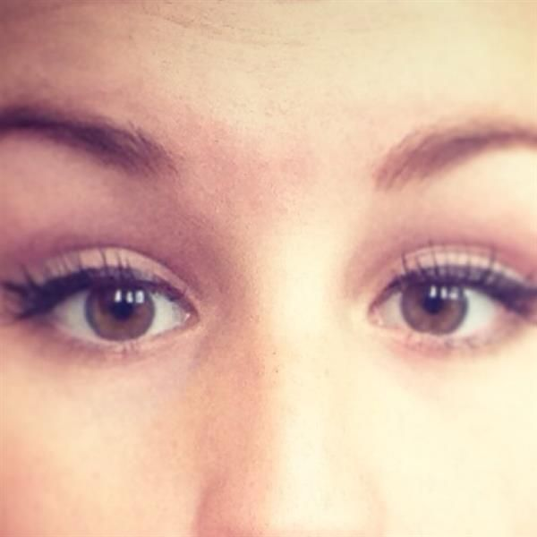 clarins eyeliner by  Justine