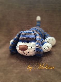 This cutie was made using the FREE Sweet Dog pattern by Ülkü Demirel (German). Scroll down to the comments section for the English translation ^_^