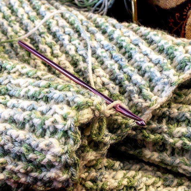 Crocheting a baby blanket between classes #crochet #handmade #handcrafted #handcraft #diy #doityourself #blanket #babyblanket #gift #gifts #crocheting #crafty #craft #crafts #stitched #yarnart #yarn