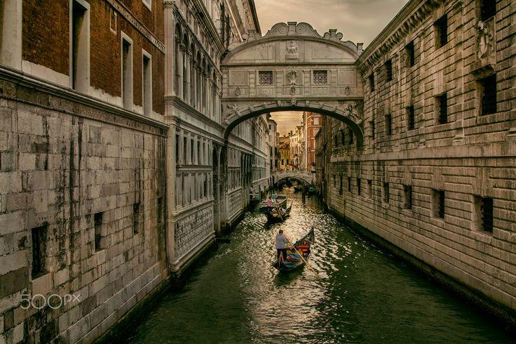 Bridge of Sighs - The Bridge of Sighs in Venice, Italy.
