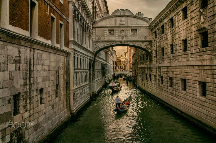 Bridge of Sighs - The Bridge of Sighs in Venice, Italy.