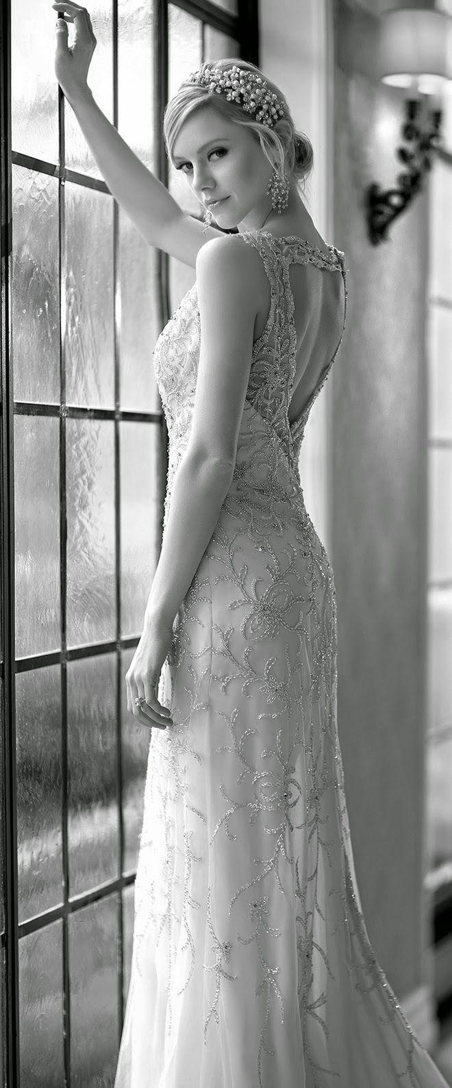 robe de mariée magnifique 015 et plus encore sur www.robe2mariage.eu