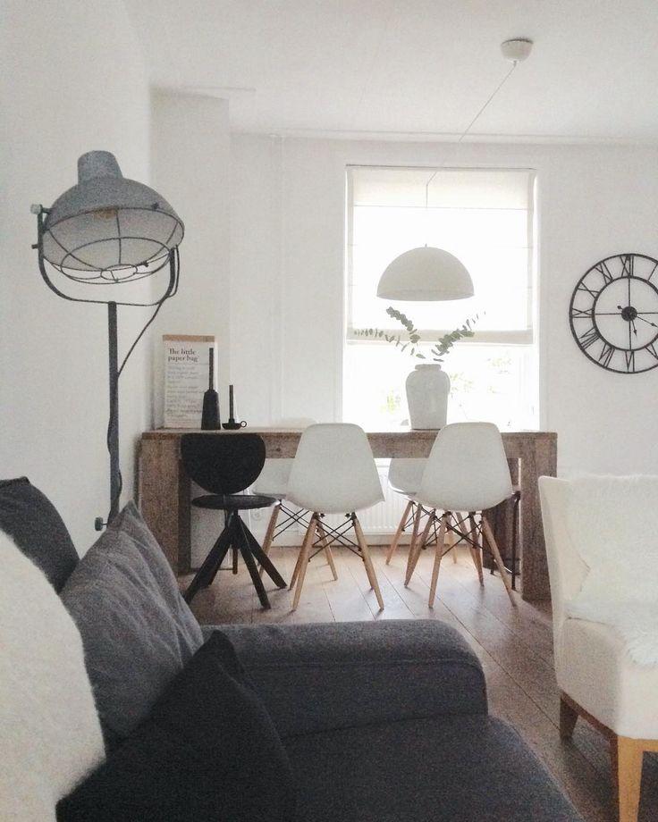 #kwantuminhuis Vloerlamp CONCORDIA > https://www.kwantum.nl/verlichting/vloerlampen/verlichting-vloerlampen-vloerlamp-concordia-grijs-0221003 @inhuisenzo