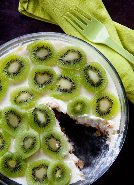 /south African condensed-milk-tart with Kiwi fruit
