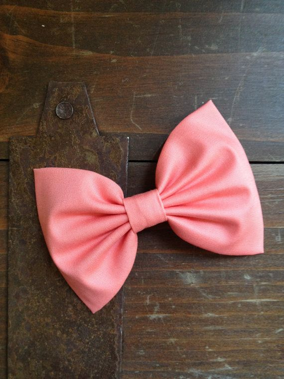 Beautiful coral hair bow--perfect hair clip/barrette for girl, teen or mom on Etsy, $6.00