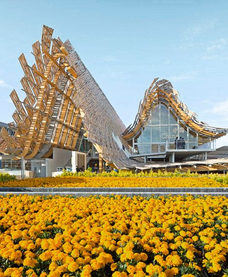 Over 1,000 bamboo panels clad the roof of China's Milan Expo pavilion.