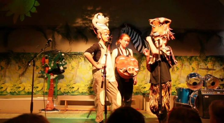 Musical 1 groep 8 - The Lion King (juli 2011)