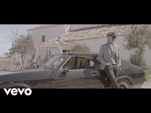 """""""Tu Bandera"""". Himno del Unicaja Baloncesto por Pablo López. (Acústico) - YouTube"""