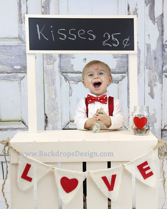 LEMONADE STAND Prop Kissing Booth photography prop, Valentine's day photo prop for kids toddlers baby and newborn