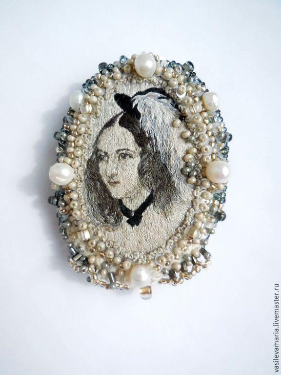 Купить Весенняя брошь - разноцветный, портрет, брошь, украшения ручной работы, авторская ручная работа