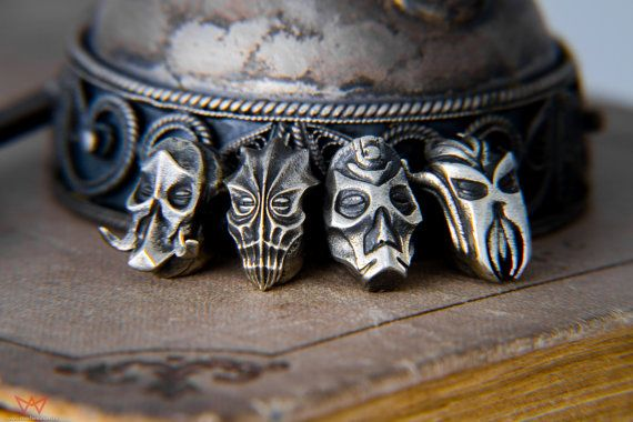 Skyrim dragon priests beads/Charms: 1.Dukaan 2.Konahrik 3. Miraak 4.Morokei  MADE TO ORDER! will be ready within 1-2 weeks after the order has taken